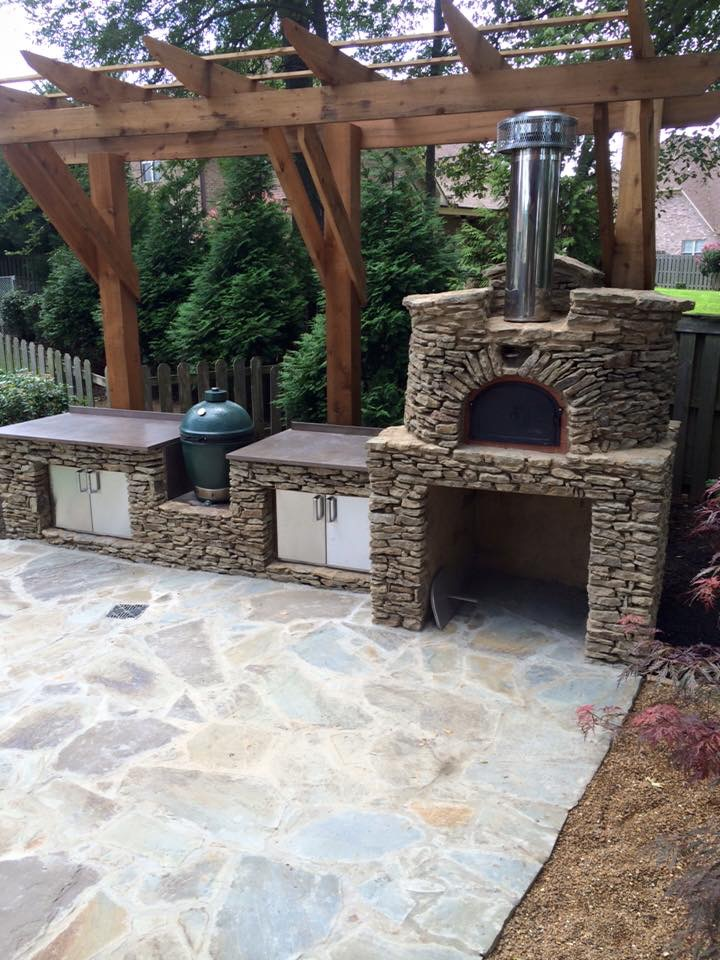 Wood Fired Pizza Ovens And Outdoor Kitchens Are Custom Designed Installed By Carters Nursery Pond Patio